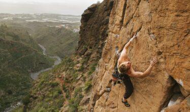 grimpeur dans 7b à Guaria